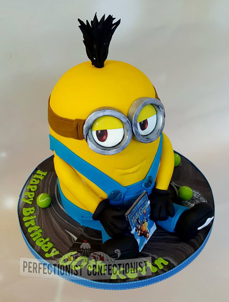 Kevin - Gets a Kevin Minion birthday cake