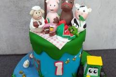 farm-old-mcdonalds-pig-cow-sheep-horse-ducks-celebration-first-birthday-cake-1st-celebration-novelty-cake-maker-swords-dublin-malahide-15