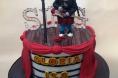 Gloria - Sing Birthday Cake