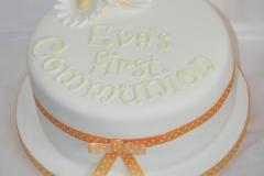 Eva Daisies Communion Cake