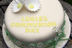 Lucie Daisy Communion Cake