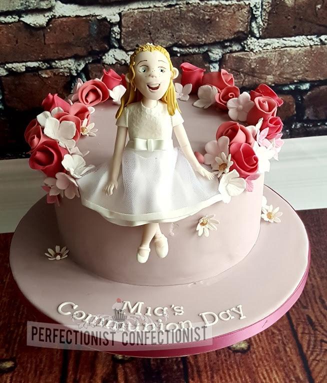 Mia - Roses Communion Cake