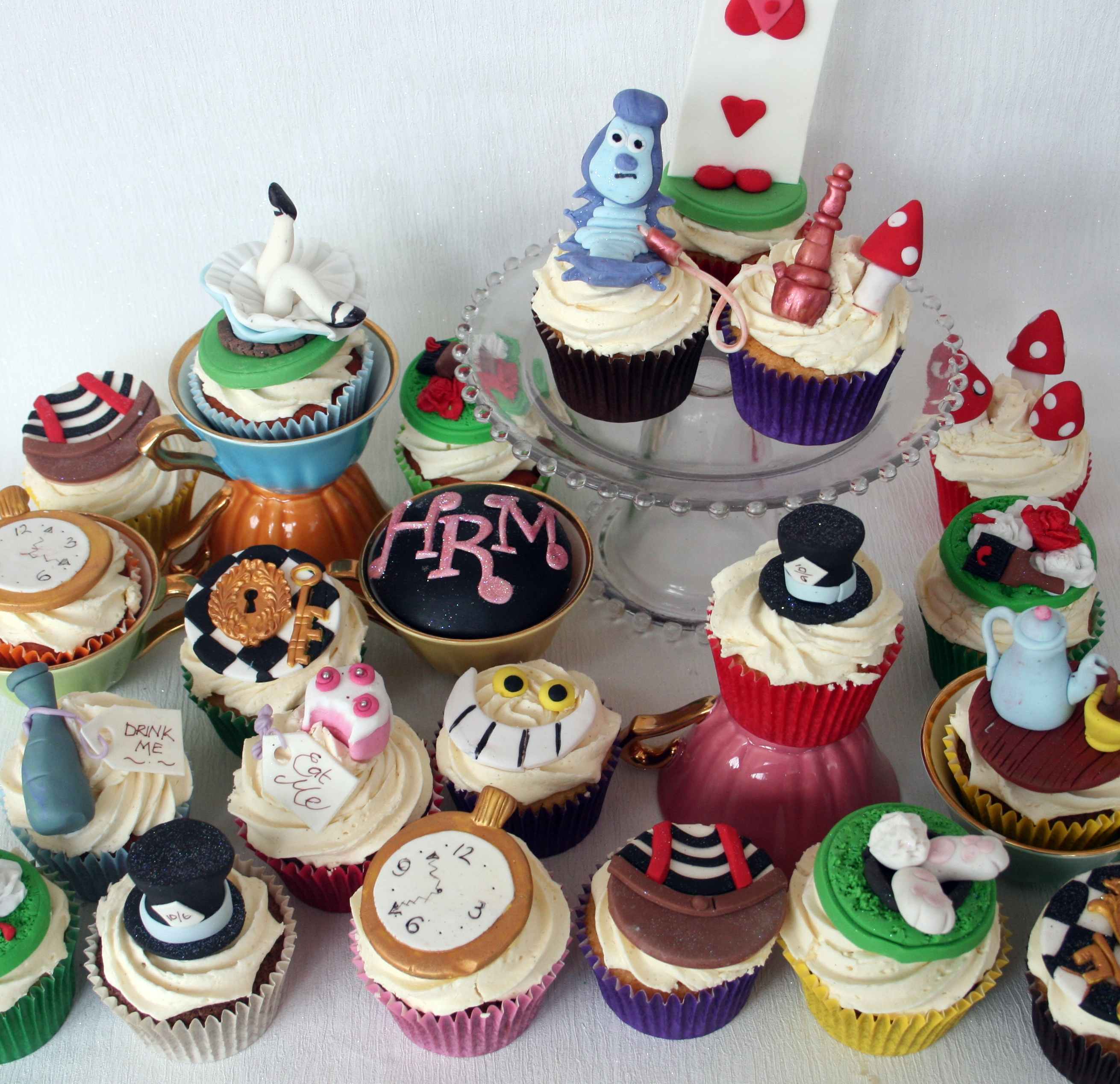 The Perfectionist Confectionist  Custom Designed Cakes  ~ 190900_Birthday Party Ideas Dublin